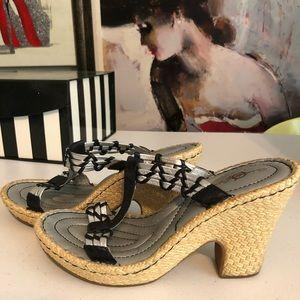 BORN CROWN  slip on stylish sandals